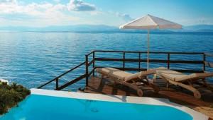 GRECOTEL Corfu Imperial Villa mit eigenem Privatpool und direktem Zugang zum Meer