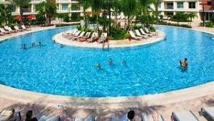 Florida Rundreise Melia Orlando Suite Hotel mit großzügigem Pool