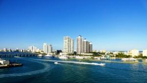 Rundreise Florida Blick auf die Hochhäuser von Miami Beach