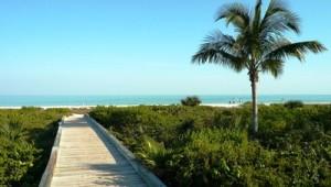Rundreise Florida Weg zum Strand von Sanibel Island