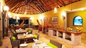 Seychellen Dubai Valmer Resort Mahe Restaurant