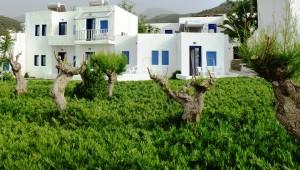 Aldiana Kreta Garten direkt hinter den großen Bungalows
