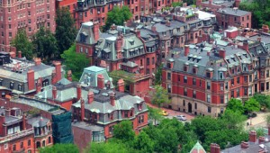 USA Ostküste Reise Blick auf Boston Downtown mit historischen Wohngebäuden