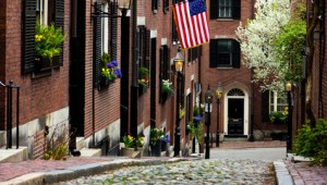 USA Ostküste Reise Beacon Hill mit der Acorn Street in Boston