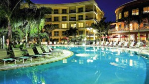 Rundreise New York Florida Melia Suite Hotel Orlando Pool bei Nacht