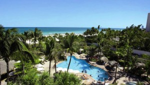 Rundreise New York Florida RIU Florida Beach Hotel mit Blick auf den Pool