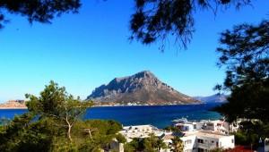 Inselhüpfen Griechenland Ausblick auf Telendos