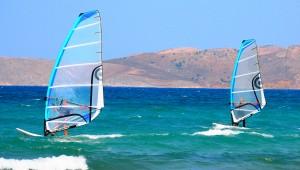 Inselhüpfen Griechenland Hotel Cavo D'oro Surfen