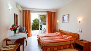 Inselhüpfen Griechenland Hotel Cavo D'oro Zimmer