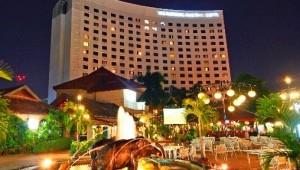 Thailand Rundreise Ihr Hotel in Chiang Mai, unweit des berühmten Night Markets