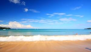 Thailand Rundreise Der Strand vor Kamala, am Ende Ihrer Thailand Rundreise können Sie hier Ihre Seele baumeln lassen