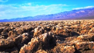 West USA Rundreise Die Mojave-Wüste erstreckt sich rund um die Spielerstadt Las Vegas