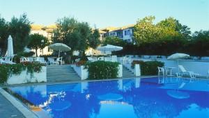 Inselhüpfen Sporaden - Hotel Appartments Alkistis Pool