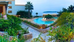 Inselhüpfen Sporaden - Hotel Esperides Beach Pool