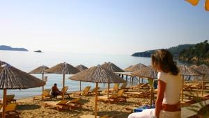 Inselhüpfen Sporaden - Hotel Esperides Beach Strand
