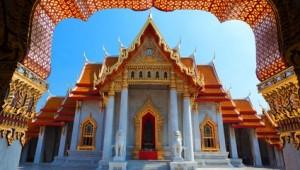 Thailand Rundreise Buddhistischer Tempel Wat Benjamaborpit in Bangkok
