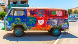 Kreta Rundreise Hippie Bus in Matala