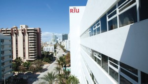 Rundreise Florida - RIU Plaza Miami Beach Collins Avenue