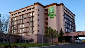 Busrundreise USA Westen - Holiday Inn Great Falls Hotelgebäude