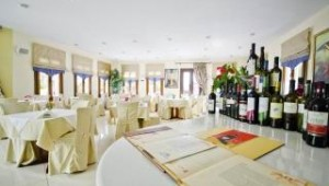 Inselhopping Griechenland - Naxos Resort Restaurant