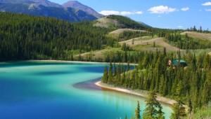 Yukon & Alaska Rundreise - Emerald Lake