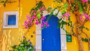 Griechenland Inselhüpfen Reise - Alte Holztür auf Kefalonia