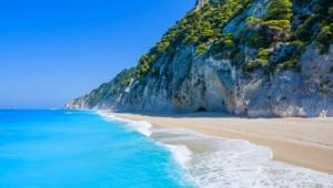 Griechenland Inselhüpfen Reise - Egremni Beach Lefkas