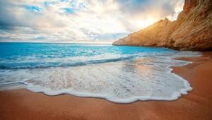 Griechenland Inselhüpfen Reise - Strand in Lefkas