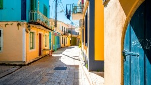 Griechenland Inselhüpfen Reise - Alte Häuser in Lefkas