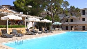 Griechenland Inselhüpfen Reise - Aquarius Hotel Vassilikos - Pool
