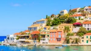 Griechenland Inselhüpfen Reise - Assos Hafen