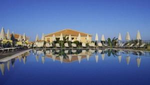 Griechenland Inselhüpfen Reise - Hotel Astra Village Svoronata - Pool