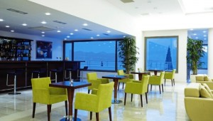 Griechenland Inselhüpfen Reise - Hotel Porto Galini Nikiana - Restaurant