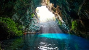 Griechenland Inselhüpfen Reise - Melissani Höhle