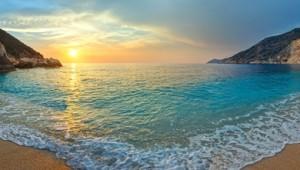 Griechenland Inselhüpfen Reise - Myrtos Beach